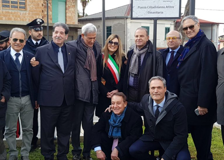 72b. Intitolazione Piazza Cittadinanza Umanitaria Lc Taurianova Oppido Mamertina Rc 27.01.2018
